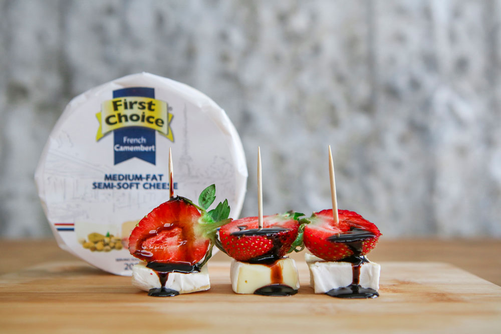 First Choice South African Dairy - strawberries, brie and balsamic cheese pairing
